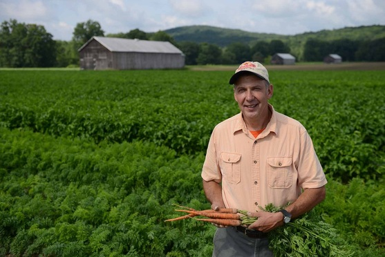 Joe Czajkowski_Lakeside Organics_NE farmer